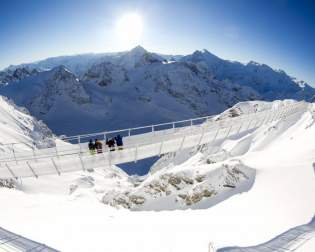 ​TITLIS Cliff Walk
