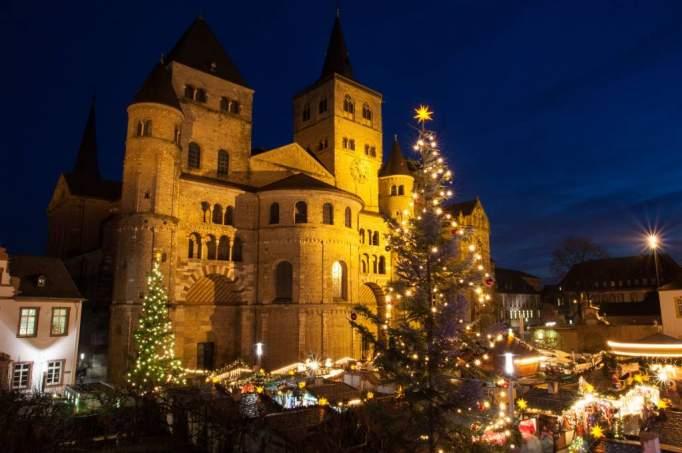 Weihnachtsmarkt In Trier.Ausflugsziel Trierer Weihnachtsmarkt In Trier Doatrip De