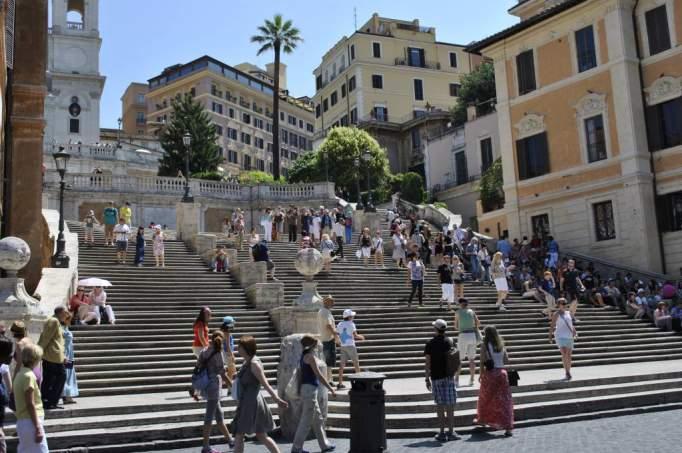 ausflugsziel spanische treppe in rom. Black Bedroom Furniture Sets. Home Design Ideas