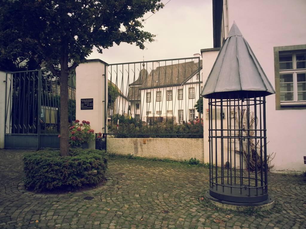 ausflugsziel rollhaus auf 39 m markt in arnsberg. Black Bedroom Furniture Sets. Home Design Ideas
