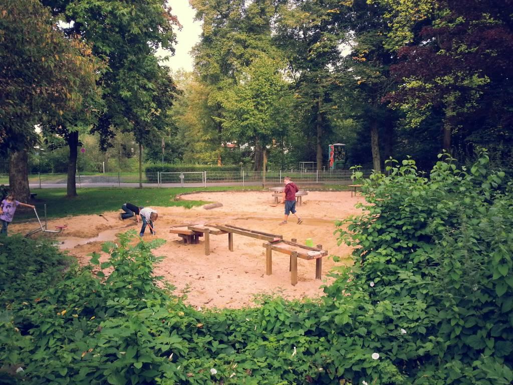 Ausflugsziel Wasserspielplatz Eichholz in Arnsberg - DOATRIP.de Handy