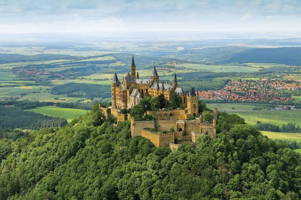 Local destination Hohenzollern Castle in Hechingen   DOATRI