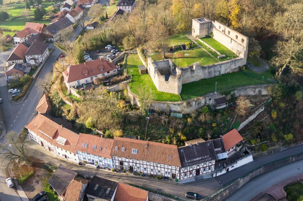 Local destination Castle Ruins Heldenburg Salzderhelden in Einbeck ...
