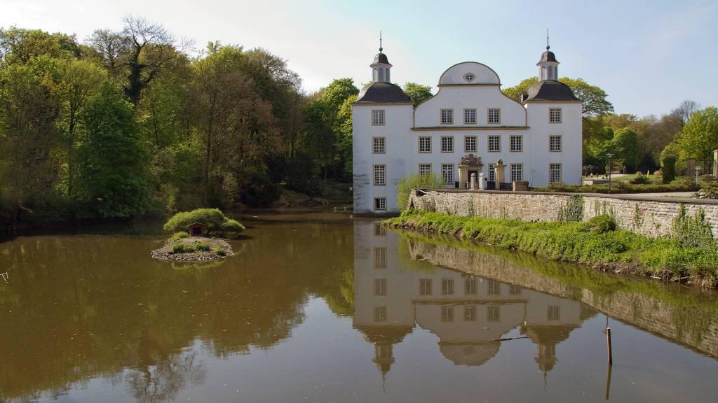 Ausflugsziel Wasserschloss Borbeck In Essen Doatrip De