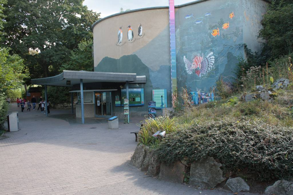local destination frankfurt zoological garden in frankfurt am main. Black Bedroom Furniture Sets. Home Design Ideas