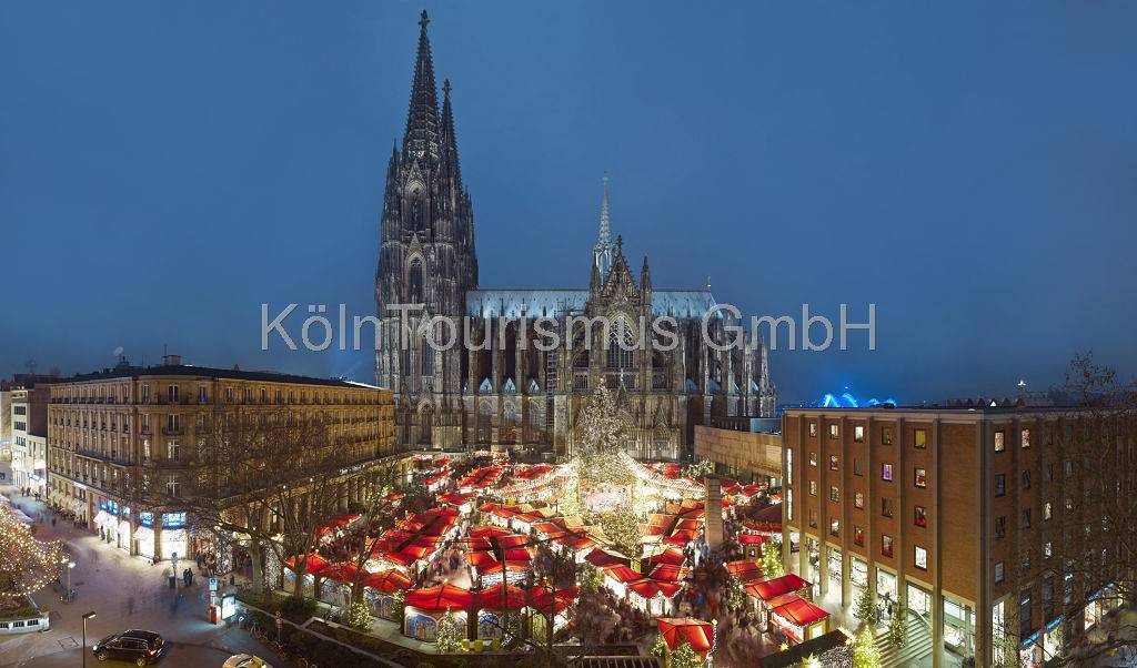 christmas market at cologne cathedral - Cologne Christmas Market