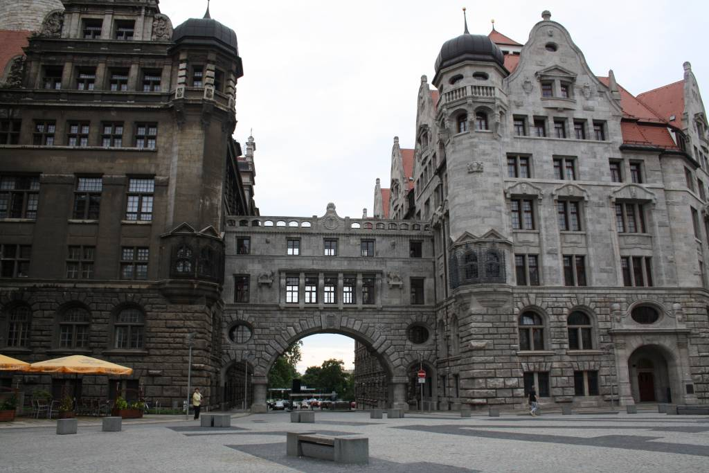 ausflugsziel neues rathaus in leipzig. Black Bedroom Furniture Sets. Home Design Ideas