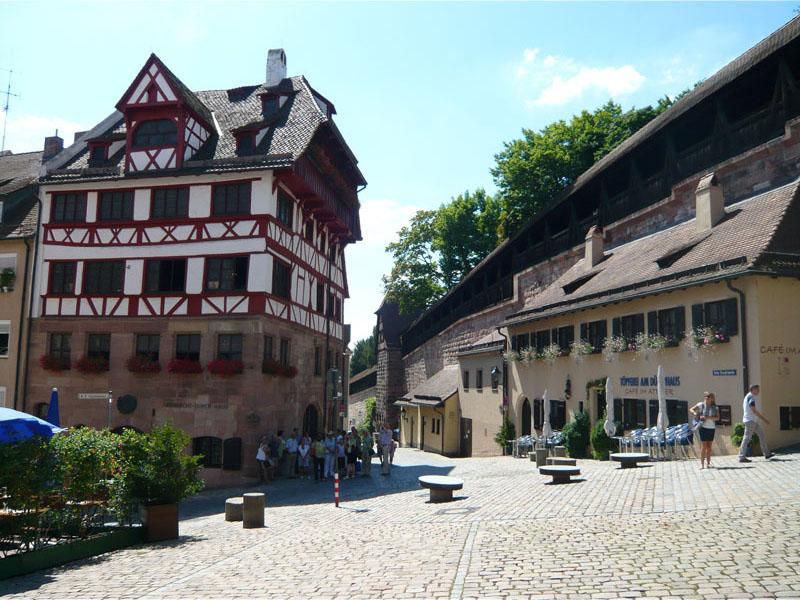 Ausflugsziel Albrecht-Dürer-Haus in Nürnberg - DOATRIP.de