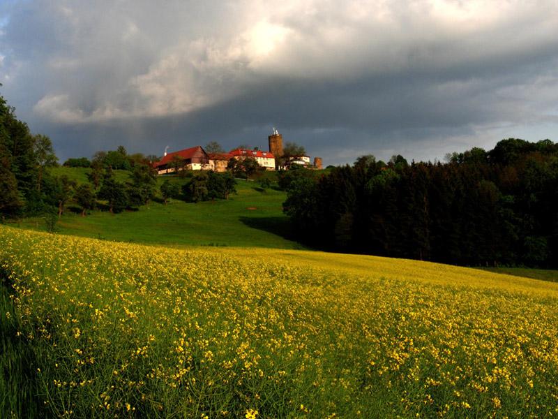 Ausflugsziel Burg Staufeneck In Salach Doatrip De