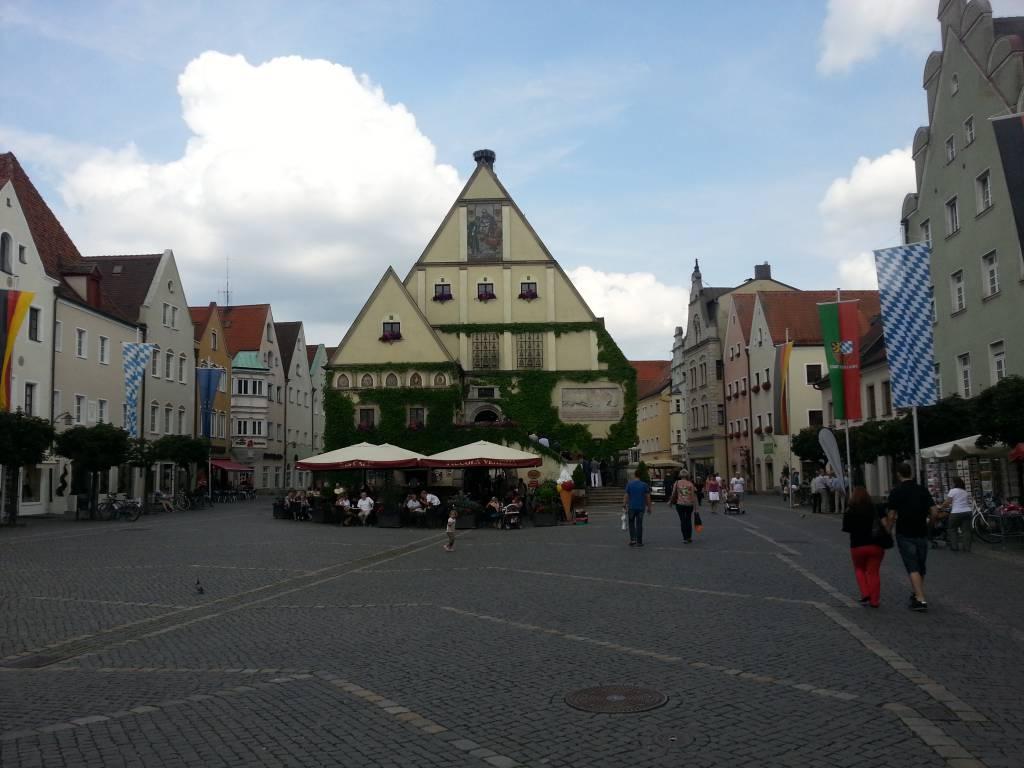 sinakan aus Weiden in der Oberpfalz