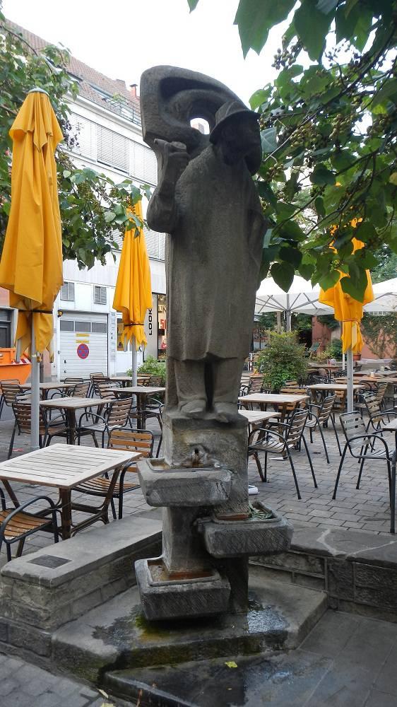 ausflugsziel lauscherbrunnen in w rzburg. Black Bedroom Furniture Sets. Home Design Ideas