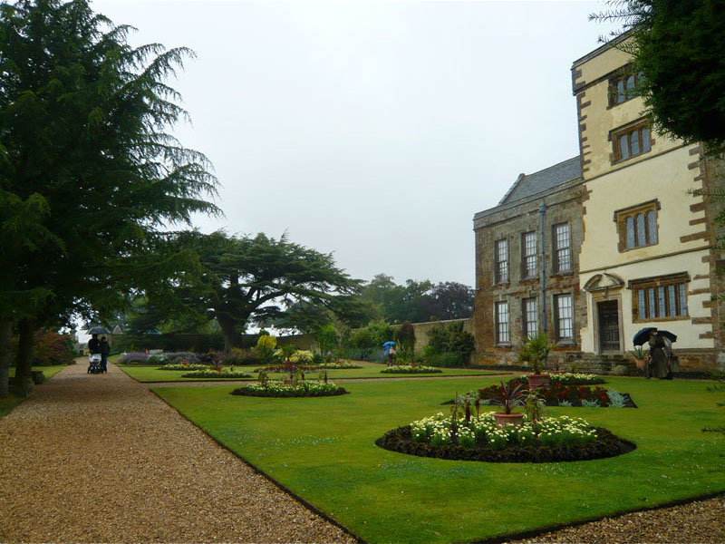 Local destination canons ashby house in canons ashby for Ashby house